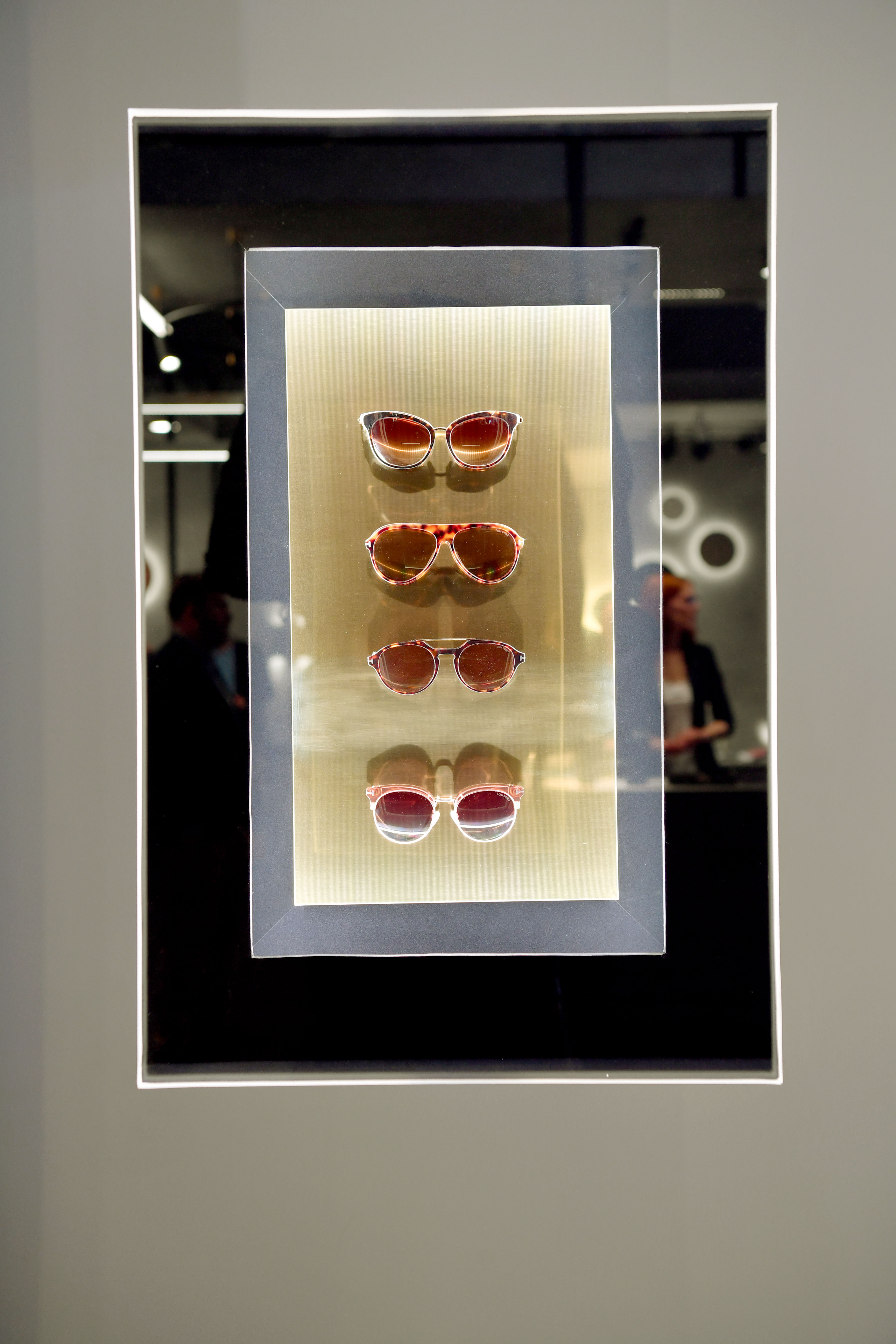 Detail Vitrine Glasses